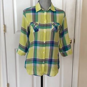 Women's American Eagle Outfitters plaid shirt